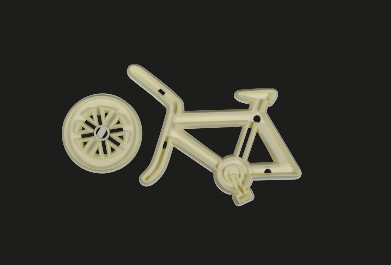 Plastový vykrajovač bicykel