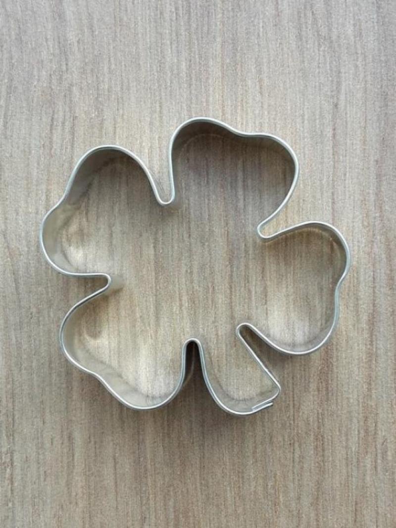 Forma ráfik štvorlístok malý