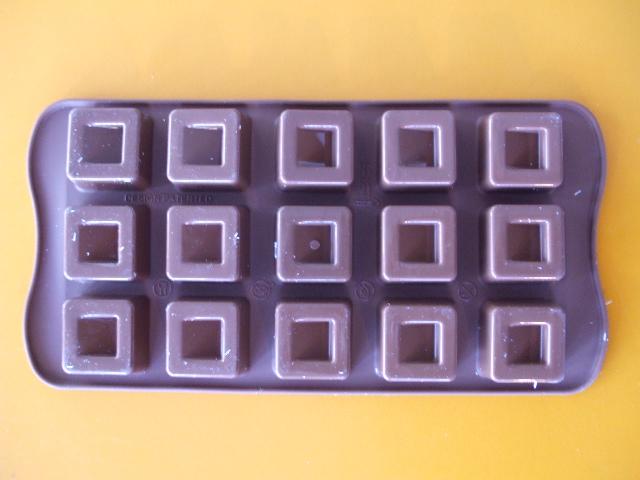 Silikonová formička na pralinky Cubo hranaté